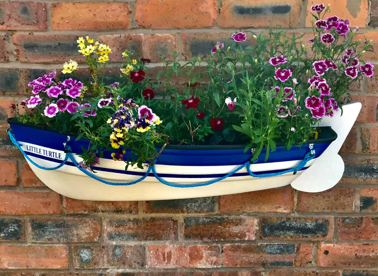 Happy Boat Planter owner